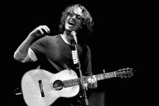 "Hear Chris Cornell's Acoustic ""Say Hello 2 Heaven"" In Tribute To Scott Weiland"