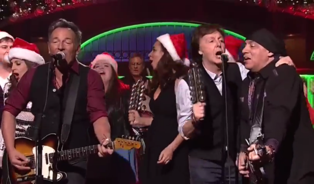 Watch Bruce Springsteen & The E Street Band Play A Christmassy SNL With Surprise Guest Paul McCartney