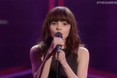 """Watch Chvrches Perform """"Leave A Trace"""" At The 2015 Game Awards"""