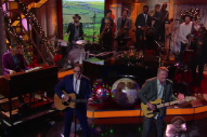 Watch Squeeze Perform &#8220;Happy Days&#8221; On <em>Colbert</em>