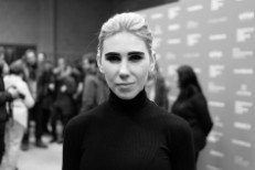 Zosia Mamet Cast As Patti Smith In Robert Mapplethorpe Biopic