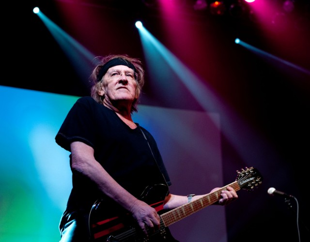 Jefferson Airplane's Paul Kantner dies