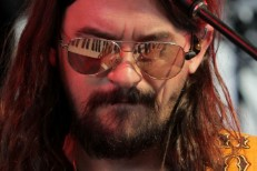 Shooter Jennings' <em>Countach</em> Could Be The Weirdest Country Album Of 2016