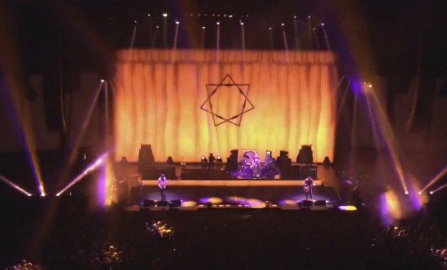 "Watch Tool Play ""Sweat"" For The First Time In 18 Years"