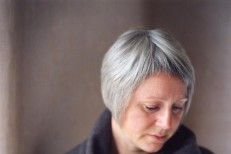 Preview Cocteau Twins Singer Elizabeth Fraser's First Full-Length Project In 20 Years