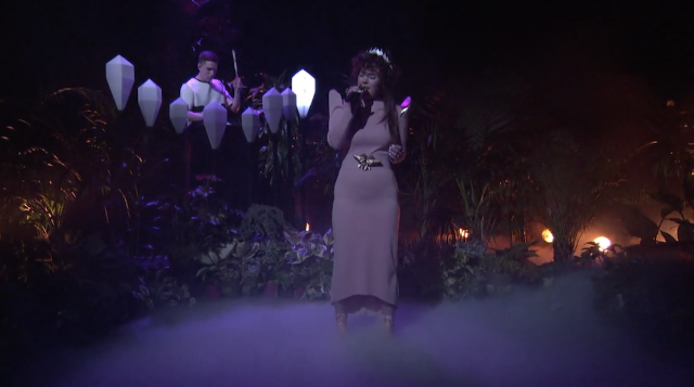 "Watch Purity Ring's Mystifying Performance Of ""Repetition"" On Conan"
