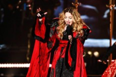 "Watch Madonna Play '90s Hit ""Take A Bow"" In Concert For The First Time"
