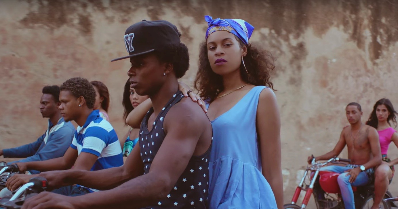 "AlunaGeorge – ""I'm In Control"" (Feat  Popcaan) Video - Stereogum"