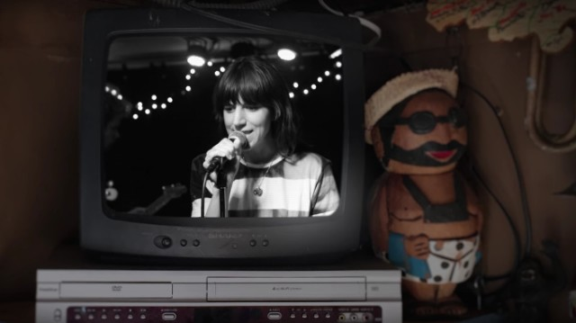 Eleanor Friedberger - Because I Asked You video