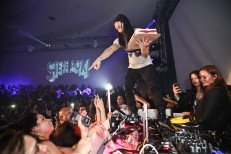 Another Injured Fan Sues Cake-Thrower Steve Aoki