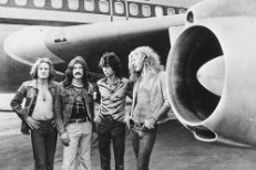 "Jimmy Page Argues He Didn't Rip Off ""Stairway To Heaven"" In Led Zeppelin Copyright Trial"