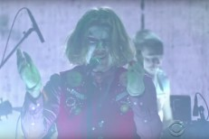 Watch Ty Segall&#8217;s Insane, Menacing <em>Colbert</em> Performance