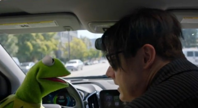 "Watch Jack White And Kermit The Frog Sing ""Fell In Love With A Girl"""