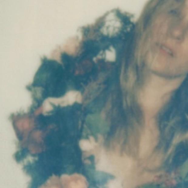 """Peaking Lights - """"Little Flower"""" (Feat. Chloë Sevigny)"""
