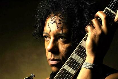 Concerts, Fundraiser Announced For Cancer-Stricken Voidoids Guitarist Ivan Julian