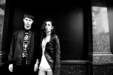 AlunaGeorge Will Play A Concert In <em>Minecraft</em>