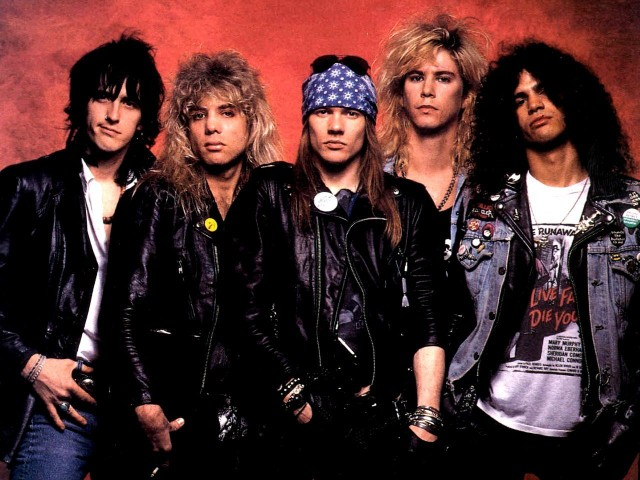 "Izzy Stradlin Says He'll Have ""No Involvement"" In Guns N' Roses Reunion"
