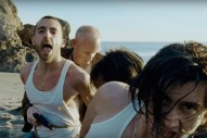 "The Last Shadow Puppets – ""Aviation"" Video"