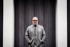 "Brian Eno – ""Fickle Sun (iii) I'm Set Free"" (The Velvet Underground Cover)"