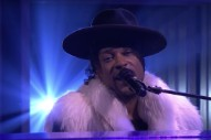Watch D&#8217;Angelo&#8217;s Devastating Prince Tribute On <em>The Tonight Show</em>