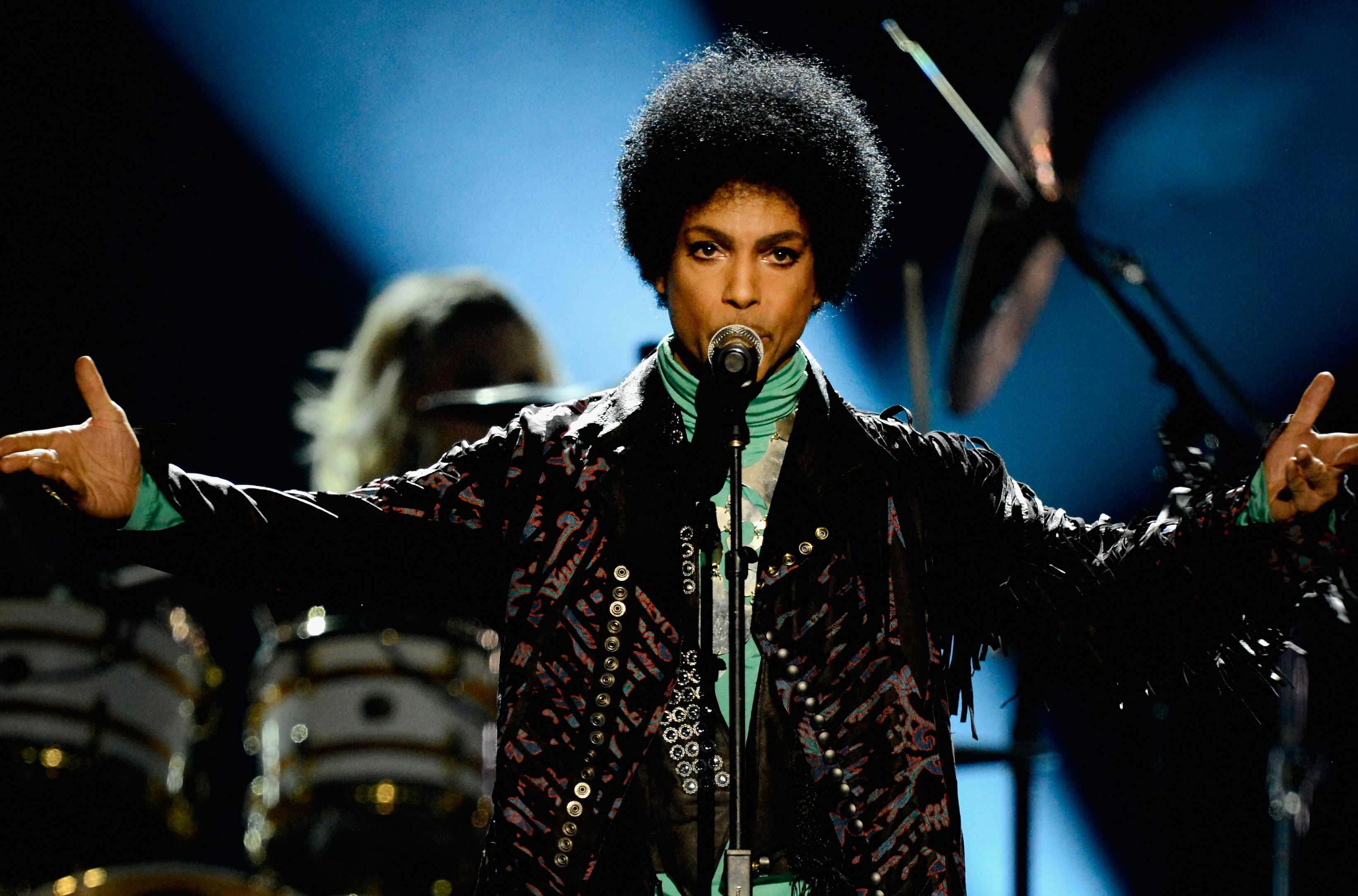 LAS VEGAS, NV - MAY 19: Musician Prince performs onstage during the 2013 Billboard Music Awards at the MGM Grand Garden Arena on May 19, 2013 in Las Vegas, Nevada. (Photo by Kevin Mazur/WireImage)