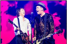 Paul McCartney and Krist Novoselic