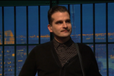 Watch Interpol&#8217;s Carlos D Return To Music On <em>Seth Meyers</em> To Tracy Morgan&#8217;s Delight