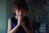 """Lea Porcelain – """"Out Is In"""" Video (Stereogum Premiere)"""