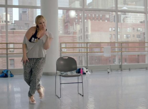 Watch Amy Schumer's Hamilton Takeoff With Lin-Manuel Miranda & Questlove