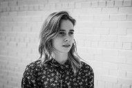 "Julien Baker – ""Ballad Of Big Nothing"" (Elliott Smith Cover)"