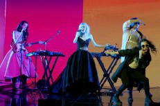 Watch Grimes&#8217; Dazzling <em>Tonight Show</em> Performance
