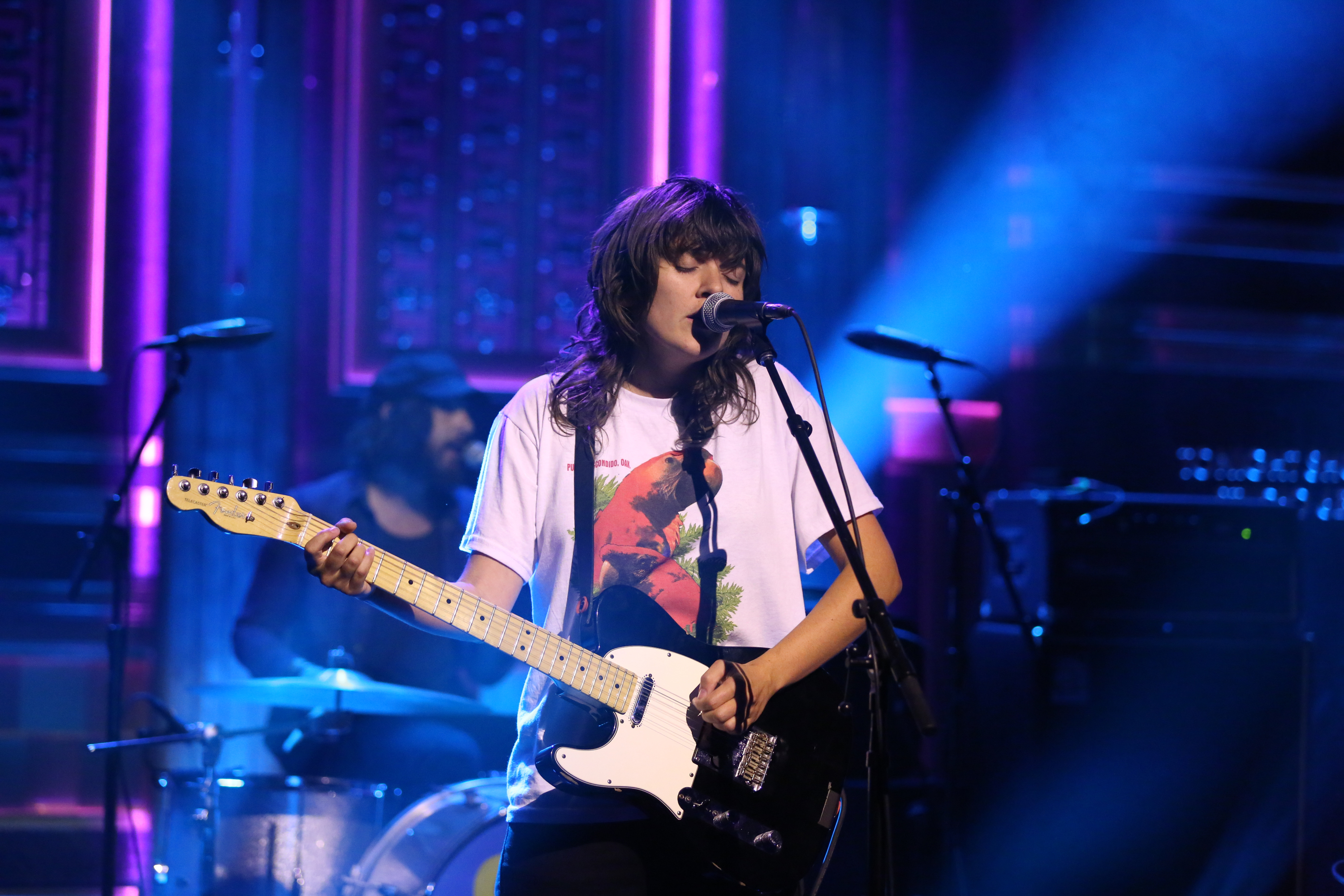 THE TONIGHT SHOW STARRING JIMMY FALLON -- Episode 0481 -- Pictured: Musical guest Courtney Barnett performs on May 27, 2016 -- (Photo by: Andrew Lipovsky/NBC/NBCU Photo Bank via Getty Images)