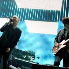 Thom Yorke Clowns Jonny Greenwood For Messing Up