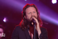 Watch Father John Misty Perform &#8220;I Love You, Honeybear&#8221; On <em>Le Grand Journal</em>