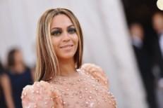 Beyoncé Extends Formation World Tour