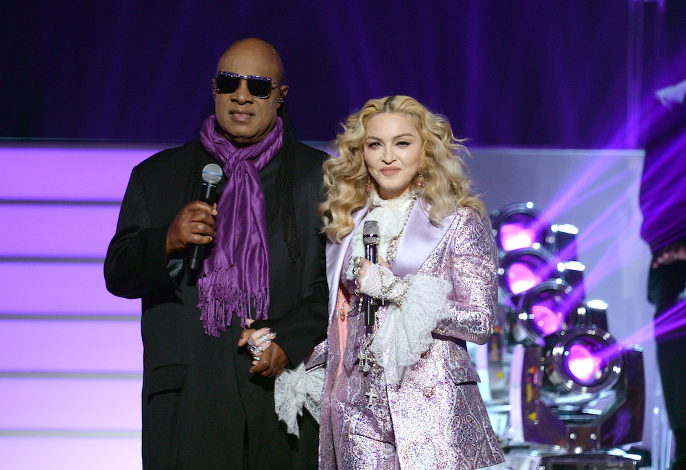 LAS VEGAS, NV - MAY 22: Recording artists Stevie Wonder (L) and Madonna perform a tribute to Prince onstage during the 2016 Billboard Music Awards at T-Mobile Arena on May 22, 2016 in Las Vegas, Nevada. (Photo by Kevin Winter/Getty Images)