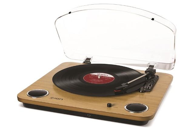 Ion Audio 3-Speed Wooden Turnatable