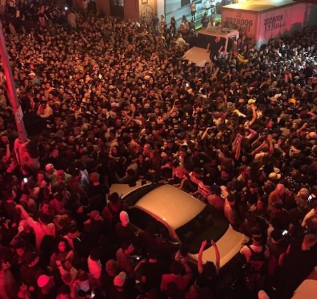 Kanye West crowd