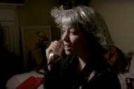 "Angel Olsen – ""Intern"" Video"