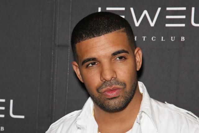 Drake cancels summer tour meet and greets stereogum drake at jewel nightclub m4hsunfo