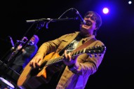 The Mountain Goats&#8217; John Darnielle Announces New Novel <em>Universal Harvester</em>
