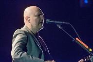 Billy Corgan Discusses The New World Order On <em>Infowars</em>&#8217; Batshit Anti-Hillary Fundraiser