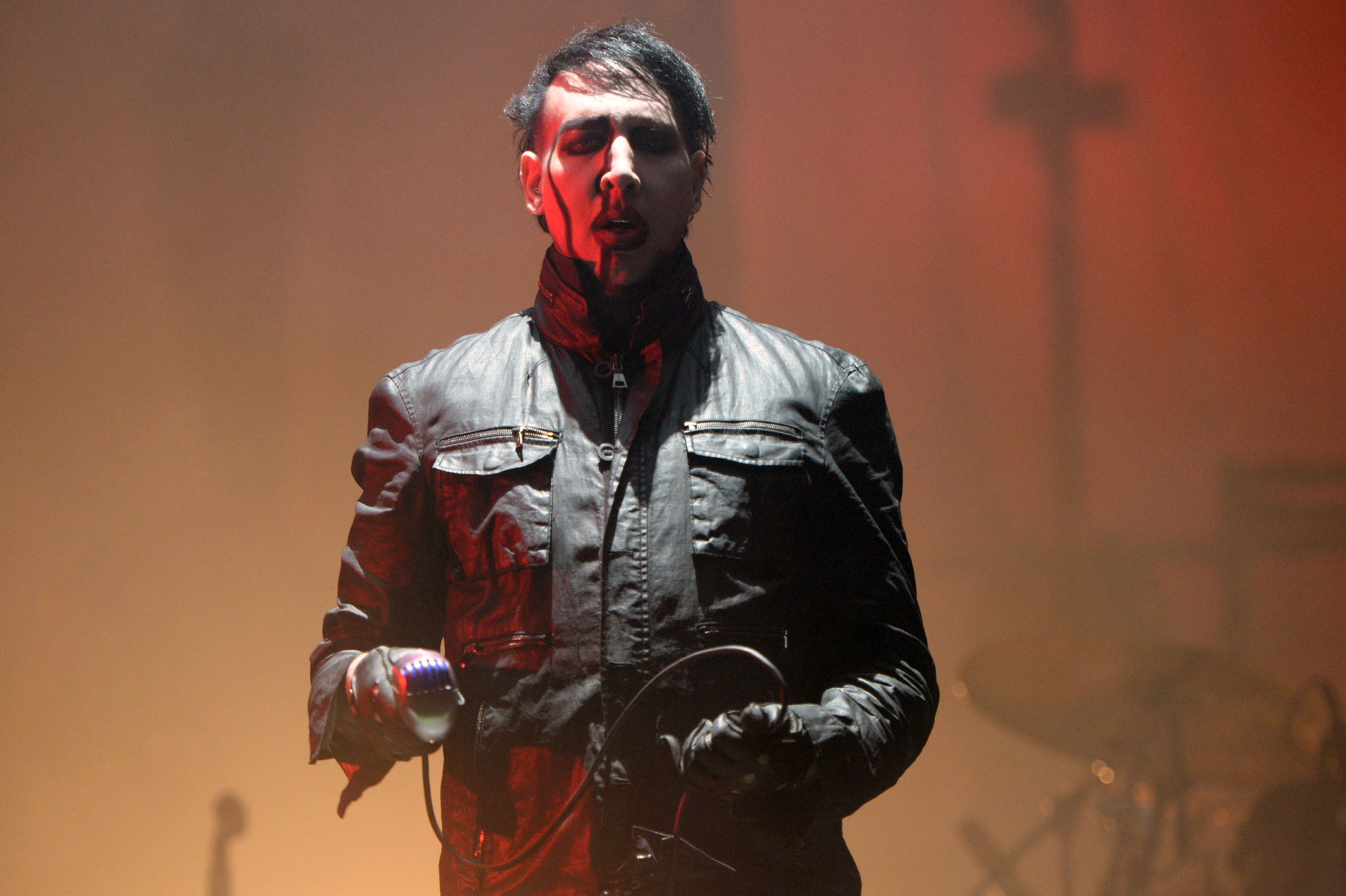 SACRAMENTO, CA - OCTOBER 24:  Singer Marilyn Manson performs onstage at Gibson Ranch County Park on October 24, 2015 in Sacramento, California.  (Photo by Scott Dudelson/Getty Images)