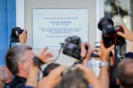 Berlin Unveils David Bowie Plaque