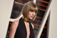 Taylor Swift Reports For Jury Duty