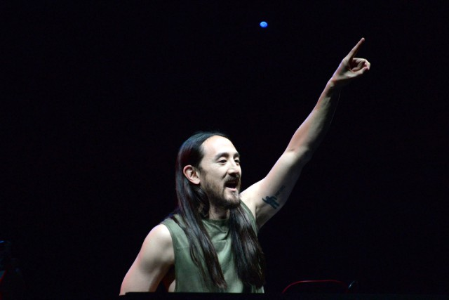 Cryonics Client Steve Aoki Plans To Keep Injuring Fans 200 Years From Now