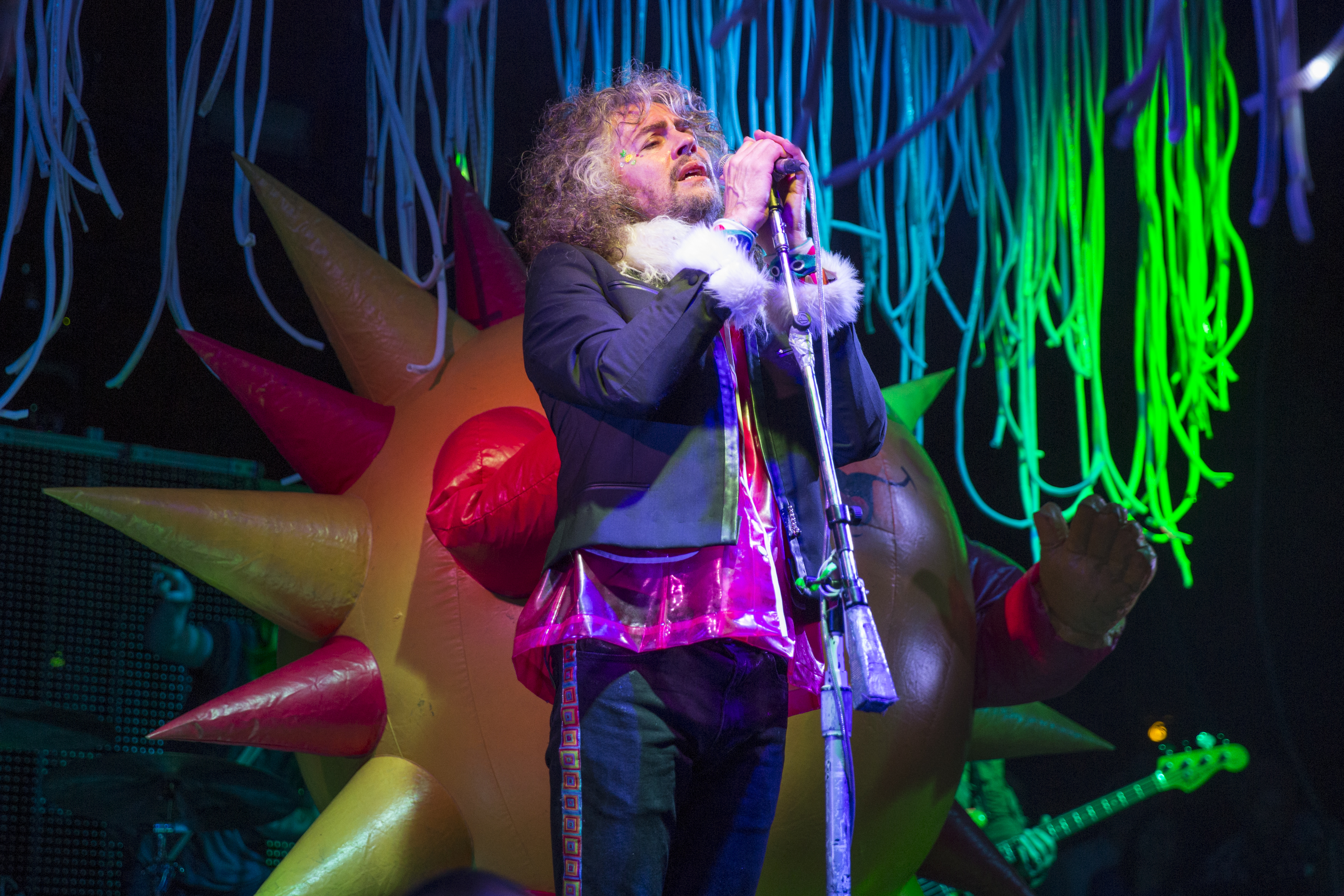 SAN ANTONIO, TEXAS - APRIL 09:  Musician/vocalist Wayne Coyne of The Flaming Lips performs onstage during the Maverick Music Festival at Maverick Plaza on April 9, 2016 in San Antonio, Texas.  (Photo by Rick Kern/WireImage)