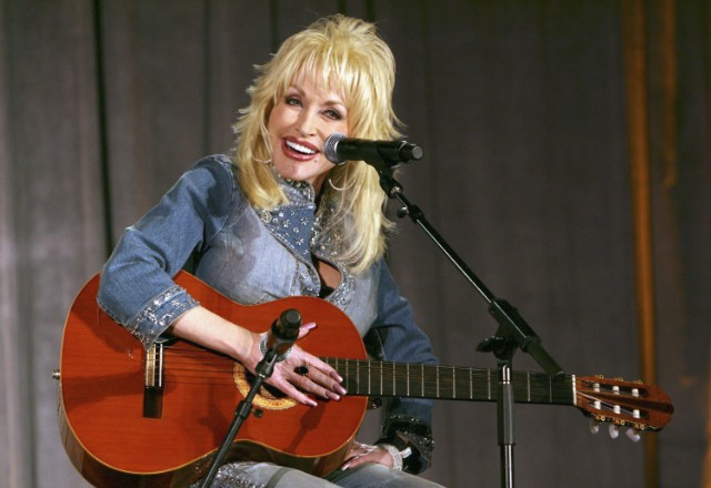 The 10 Best Dolly Parton Songs
