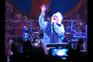 John Lydon Attacked With Bottle On Stage In Chile, Finishes Show Bleeding