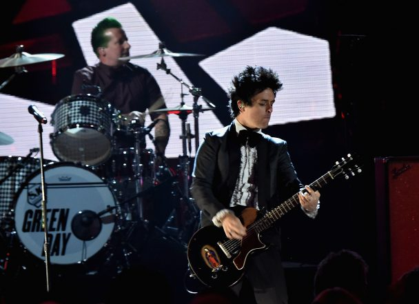 watch green day play revolution radio songs live for the first time at columbus tour opener. Black Bedroom Furniture Sets. Home Design Ideas